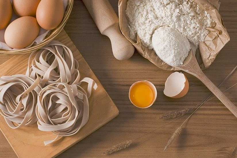 Hacer pasta fresca hecha a mano