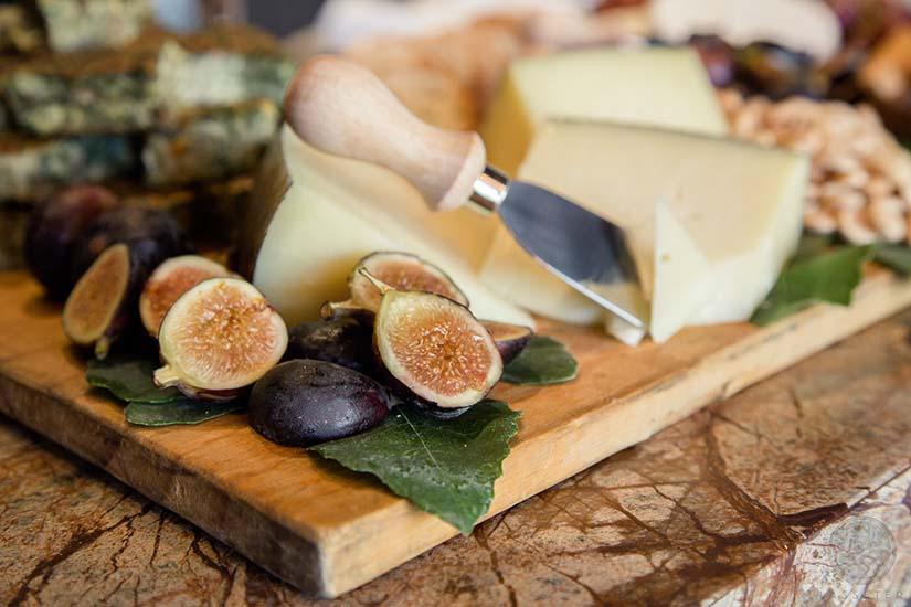 Trucos para emplatar una tabla de quesos