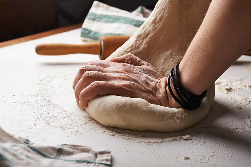 Formas de hacer que la masa de pan aumente más rapido