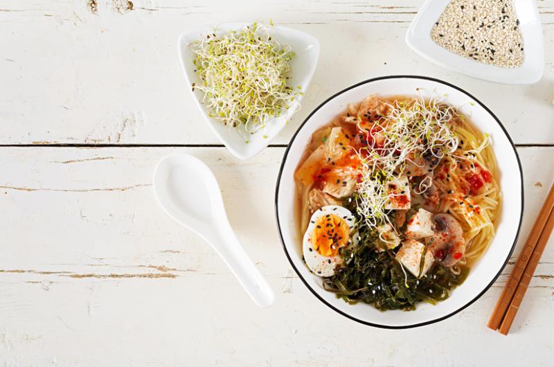 Receta de sopa de miso con algas y verduras