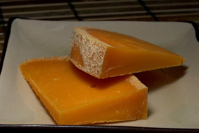 Queso mimolette características